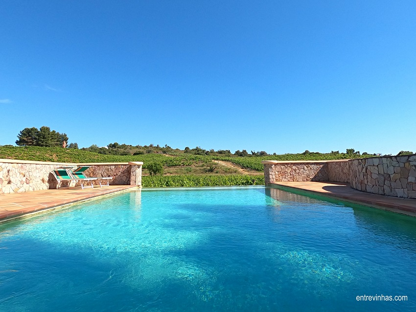 quinta dos vales piscina
