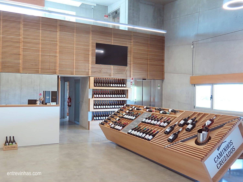 Caminhos cruzados loja de vinhos Dão
